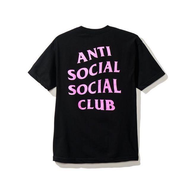 Assc AntiSocialSocialClub 邊緣人 黑底粉字 黑短T