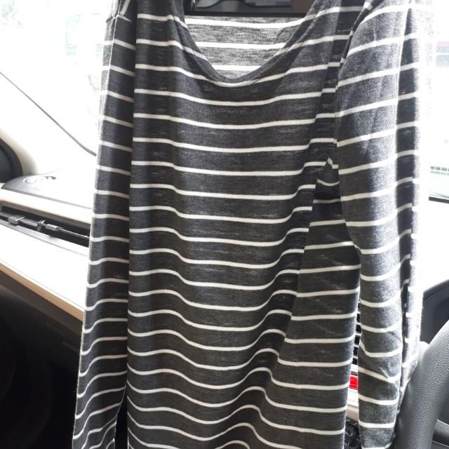 Atasan kaos panjang stripe lengan Panjang size XL