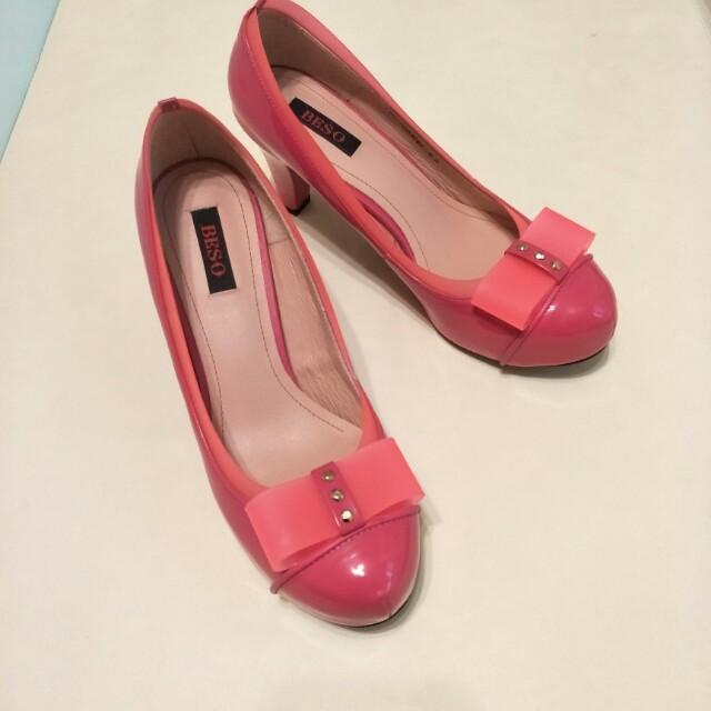 僅在室內試穿,阿瘦皮鞋的副牌BESO,尺寸6.5,原價1990