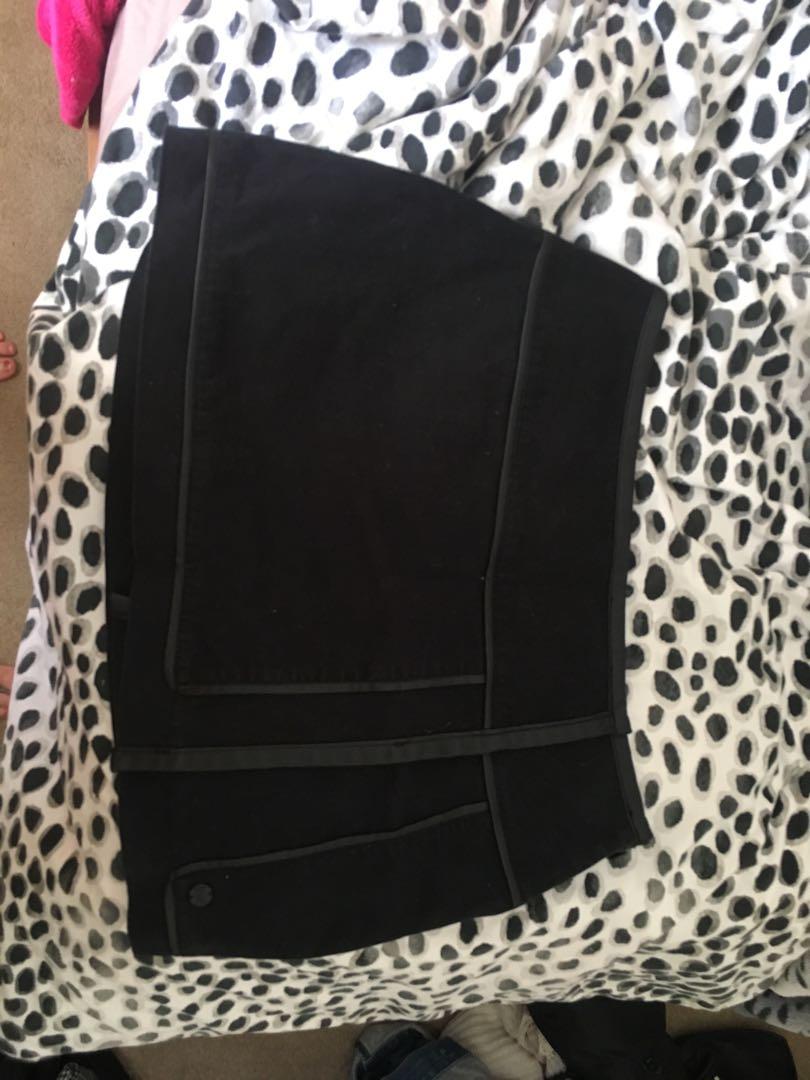 Billabong brand new skirt