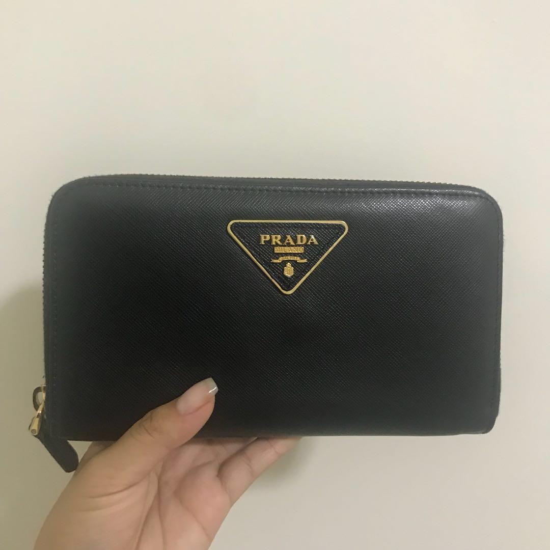 Black Prada Wallet (Replica)