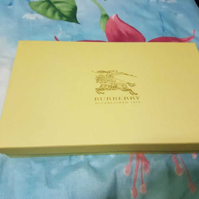 308b8f329e1 Buy burberry scarf box  Free shipping for worldwide!OFF47% The ...