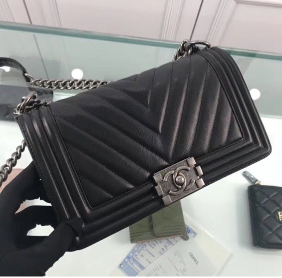 277545ad2299 Chanel Bags, Luxury, Bags & Wallets on Carousell