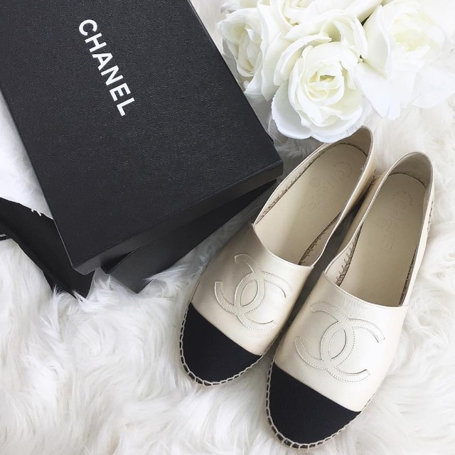 Chanel Espadrilles, size 9