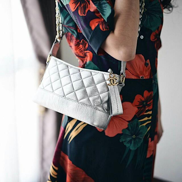 0dd4c9f7d04bd4 Chanel Gabrielle Small Hobo Bag, Barang Mewah, Tas & Dompet di Carousell