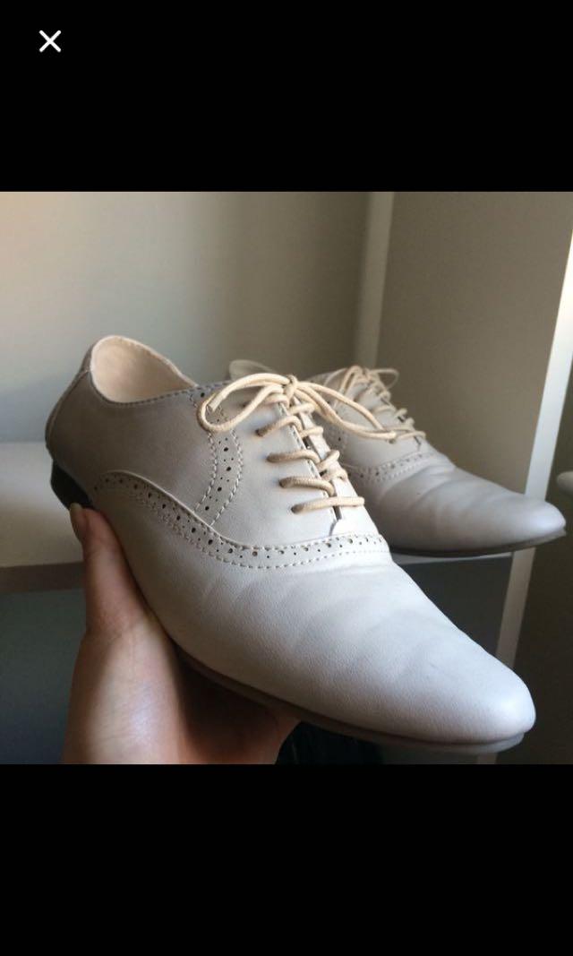 Cute women's dress shoes