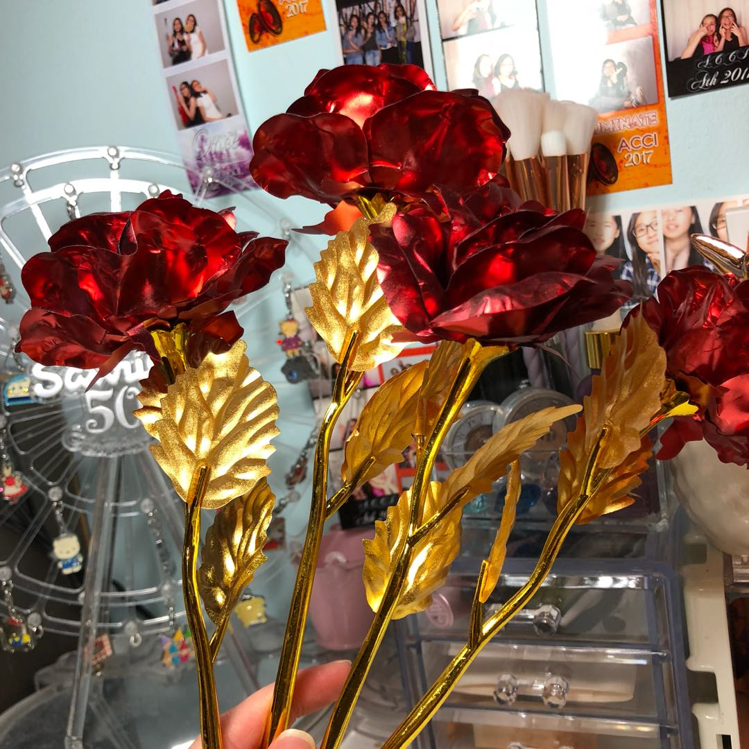 gold foiled roses
