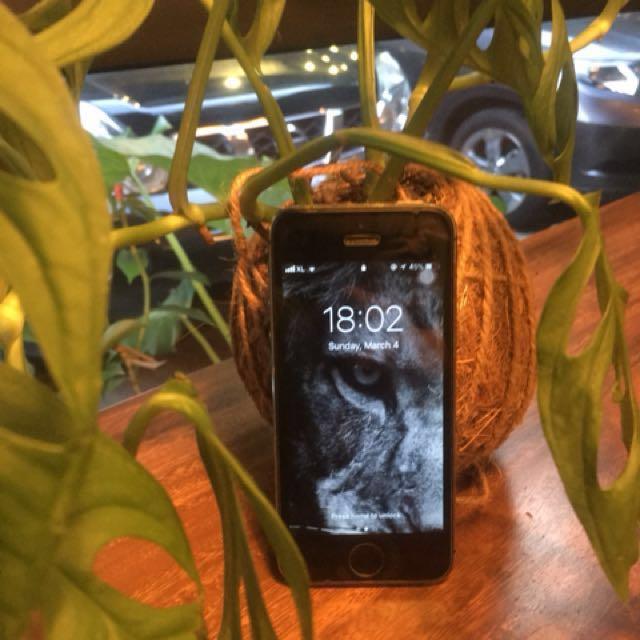 Iphone 5s 64gb dijual murah!