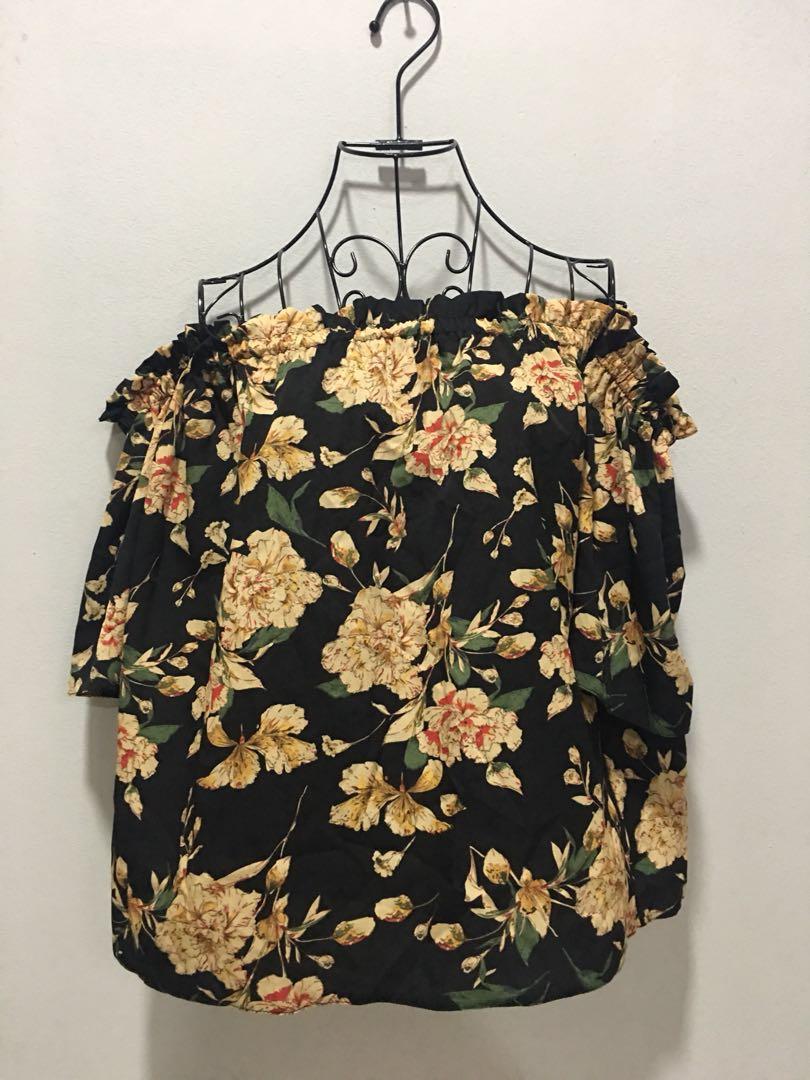🌹NEW - Off shoulder Floral Printed 122