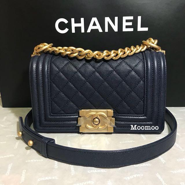 "5abff8e3db4 New Chanel Boy Small (8"") in Navy Caviar"