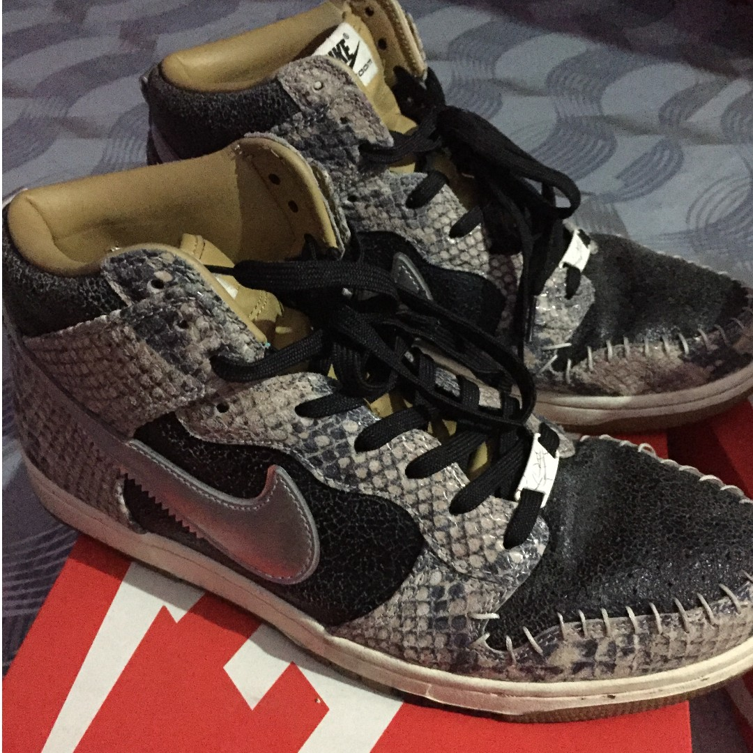 new arrival 5a842 4b5e3 Nike Dunk SnakeSkin Limited Edition on Carousell