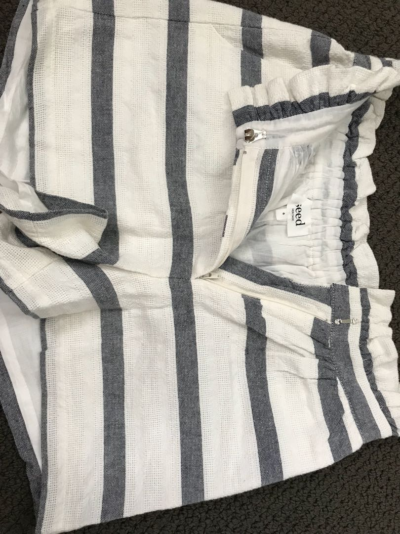 Seed shorts striped brand new