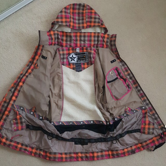 Small Sessions snow jacket