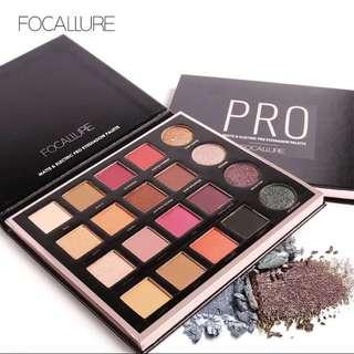 Focallure pro 20 color eyeshadow