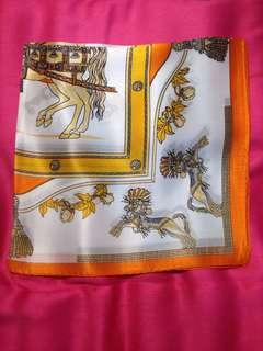 The Prettiest neck scarf in 💯% silk 50 x 50 cms