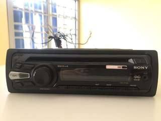 Sony car cd radio player with aux in rca out