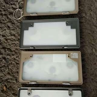 Flate frame holder