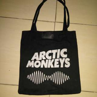 Totebag Arctic Monkeys #FISIPUNIS