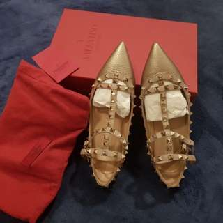Authentic Valentino flats metallic gold with cage, complete with receipt,box and dust bag,size 37