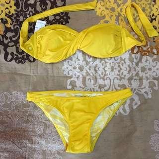 VOLCOM yellow, bandeau bikini set