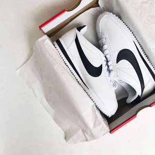 NEW Nike Cortez White/Black Shoes