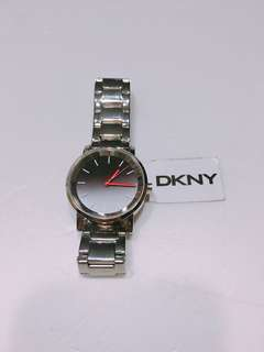 DKNY lady stainless steel watch, 女裝designer鋼錶