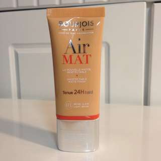 📣 REDUCED sale Bourjois air mat foundation