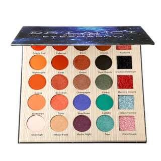 DE'LANCI matte/shimmer Eyeshadow Palette (Preorder)