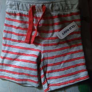 Brandnew old navy shorts 2t