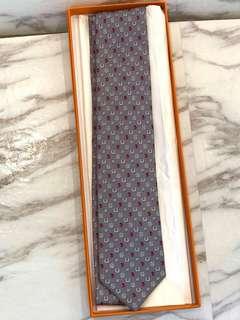 Hermes Tie, 灰色特別版甲蟲🐞+ 馬蹄印 Full set with shop copy receipt