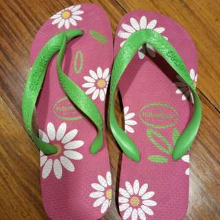 Havaianas Pink/Green Slippers