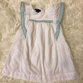 八成新babygap小飛袖洋裝