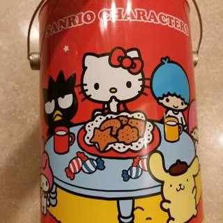 全新Sanrio卡通人物餅乾(大鐵桶)