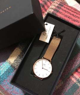 DW新款玫瑰金手錶