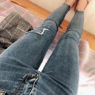 韓版 側邊破口修身褲管割破水洗牛仔藍單寧褲 預購