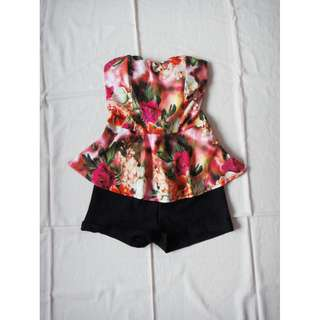 玫瑰碎花花朵印花桃心領露肩削肩背心雙色質感連身褲連身短褲
