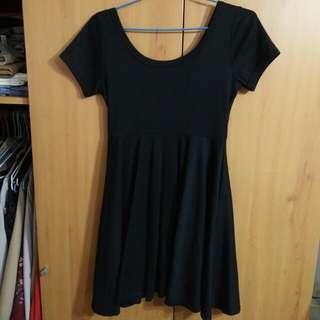 兩件九折。經典復古赫本高腰小黑裙百搭棉質洋裝