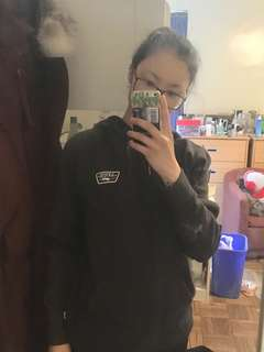 dark grey vans sweater