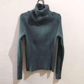 Gap Ribbed Turtleneck Sweater