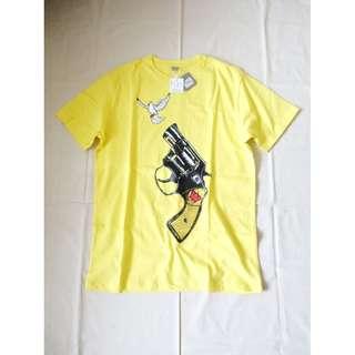 男生百貨專櫃品牌WALLY WARP黃色鴿子手槍趣味惡搞圖案圖騰印花短袖T恤T-shirt純棉短T 有兩件