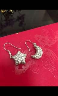 Star n Moon earrings