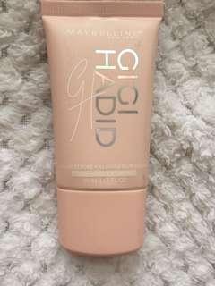 Gigi Hadid liquid strobe
