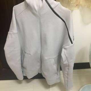 新款Adidas ZNE Hoodie 貝克漢 米白色棉質連帽外套