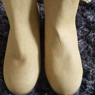 Comfy new boots