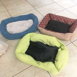 Beds for small dogs/cats pets (3 pieces)