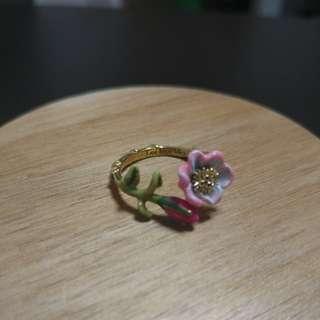 Les Nereides Oriental Rose 戒指