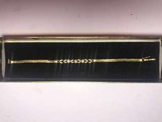 14k Gold bracelet With Diamonds