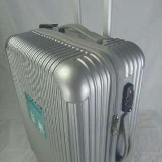 『福利特惠』24吋行李箱