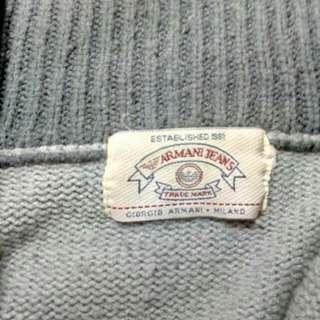 真品Armani高領上衣