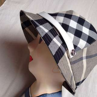 Burberry authentic hat